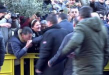Il baciamano a Salvini ad Afragola, terra di camorra
