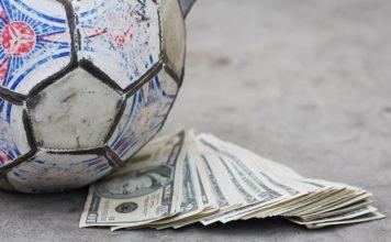 Fino a quando definiremo il calcio soltanto un gioco?