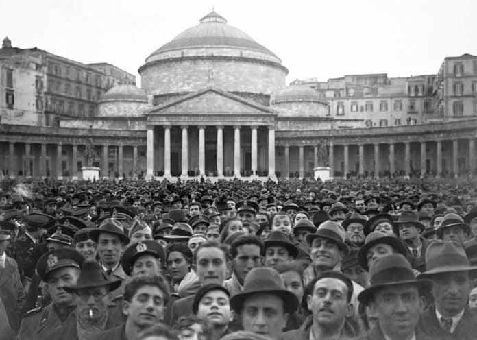 Cittadinanza onoraria a Mussolini: Napoli fu la prima città a revocarla