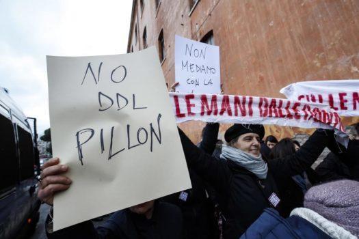 DDL Pillon: il disegno di legge che trasporta l'Italia nel passato