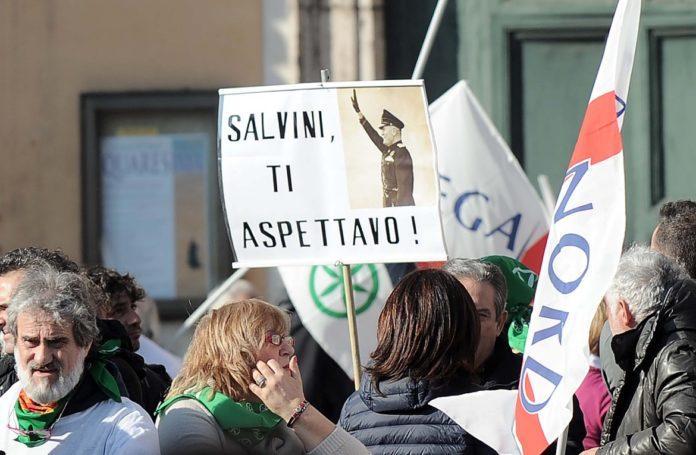 Salvini e il neofascismo: una storia d'amore proibito
