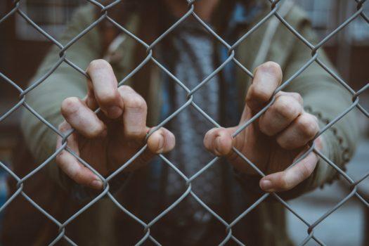decreto sicurezza salvini migranti business privato