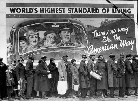 Fotografe del XX secolo donne tenaci dietro l'obiettivo fotografico