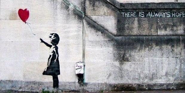 Banksy apre il suo primo e-shop: ecco cosa cambia adesso