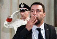 Le sceneggiate della Lega e di Salvini sul MES, tra risse, bugie e bacioni