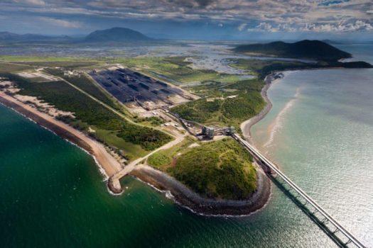 Stop Adani: altro che lotta ambientale, l'Australia si scava la fossa con le proprie mani