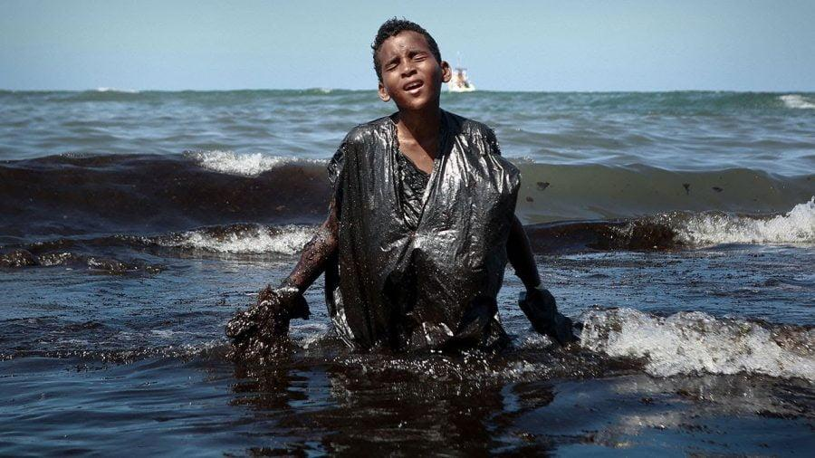 disastro petrolifero brasile bolsonaro