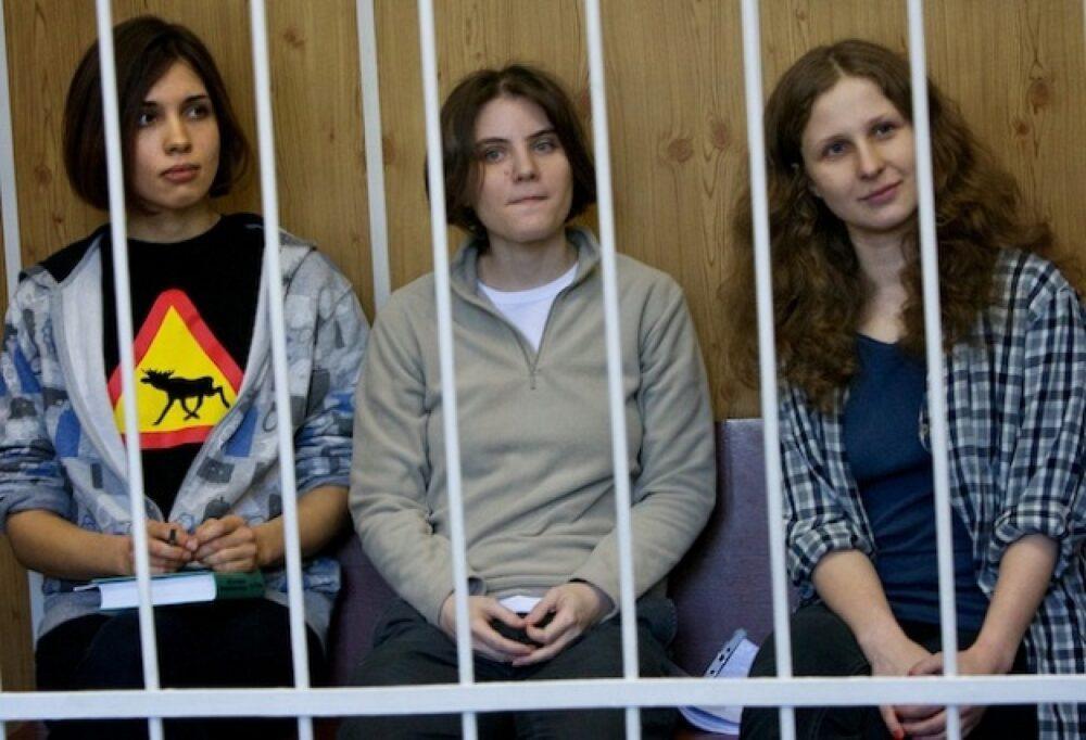 Il caso Pussy Riot, la mancata libertà d'espressione nella Russia di Putin