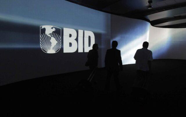 Banca Interamericana di Sviluppo: l'America Latina in crisi affronta l'irruzione statunitense