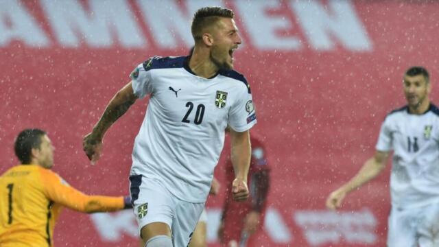 Milinkovic con la Nazionale Serba