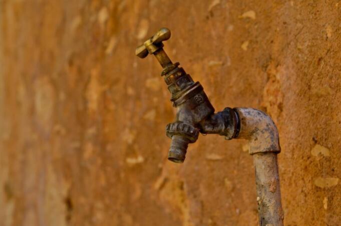 L'acqua entra in Borsa: diritto universale o oggetto di speculazione?