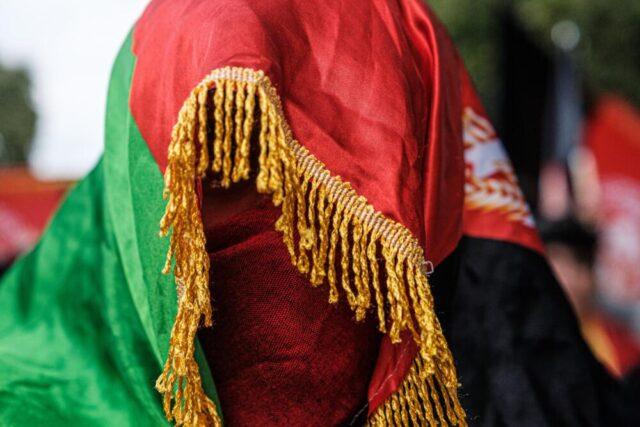 Talebani pronti a vietare il vaccino anti Covid e polio: a rischio in milioni