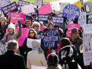 Texas, via libera alla legge contro l'aborto: i diritti delle donne arretrano